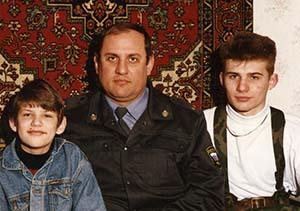 Владимир Бунь с сыновьями