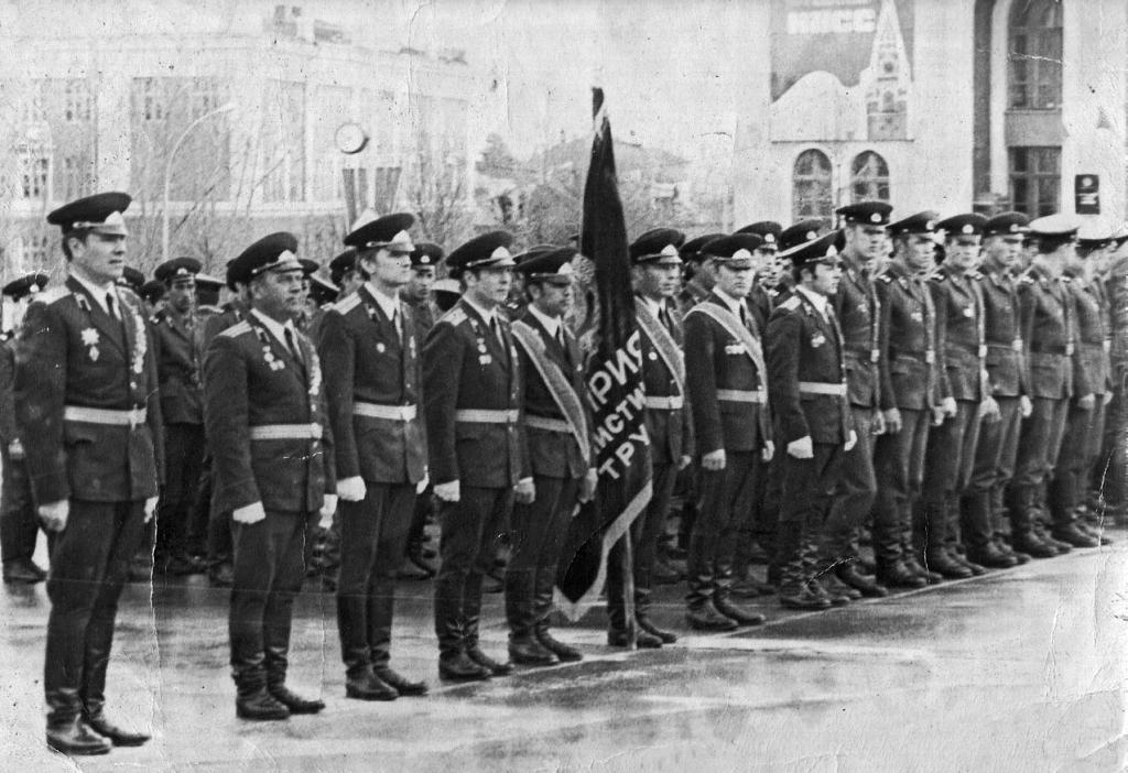 Военные строители на параде