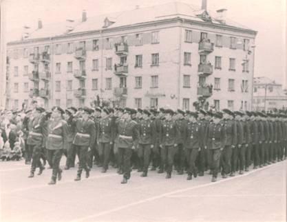 Школа сержантского состава на параде