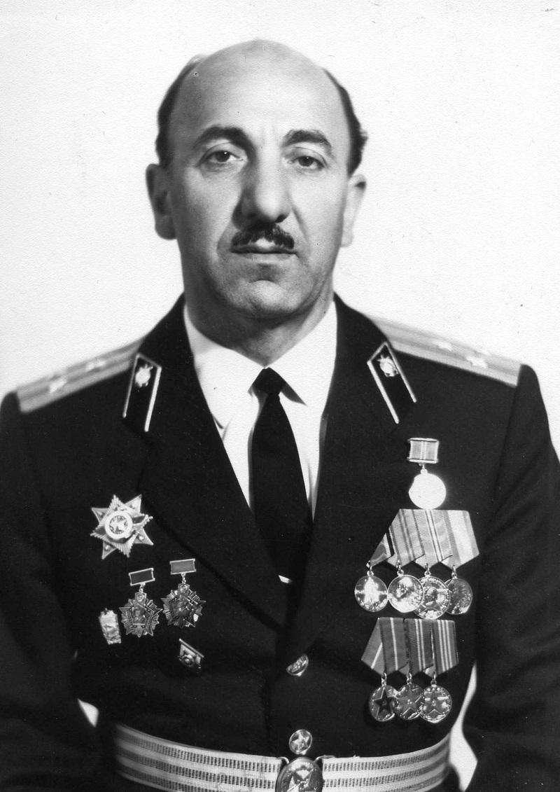 1978 г. Удостоен Ордена «За службу Родине в ВС СССР 3-й степени»