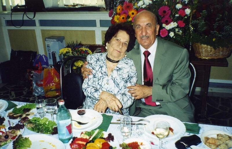 С мамой Сусанной Артемовной 2002 год