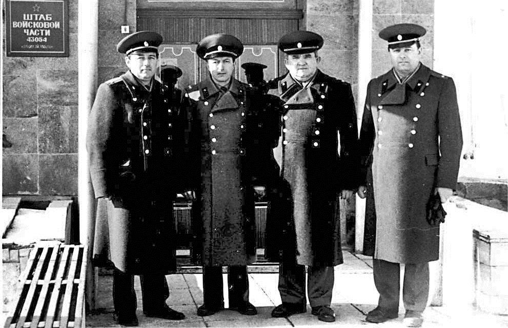 Командование УВСЧ (вч 43054) Бардала В., Буренок А., Тамбовцев В., Берчик В., 1990 г.