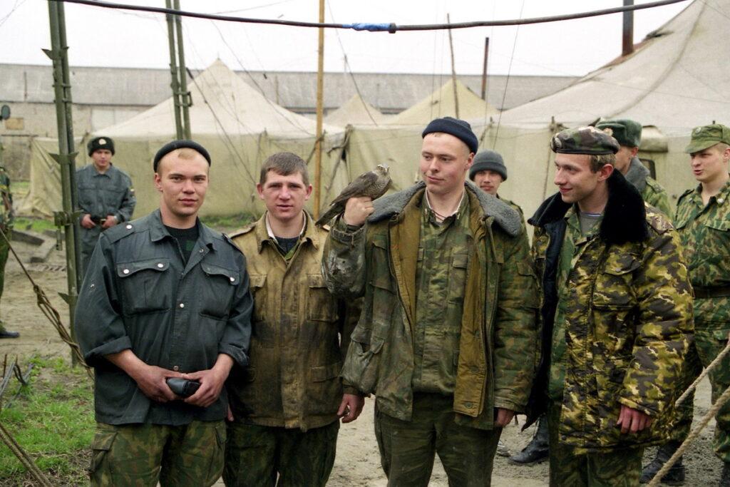 Бойцы милицейской части. Март 2003 г.