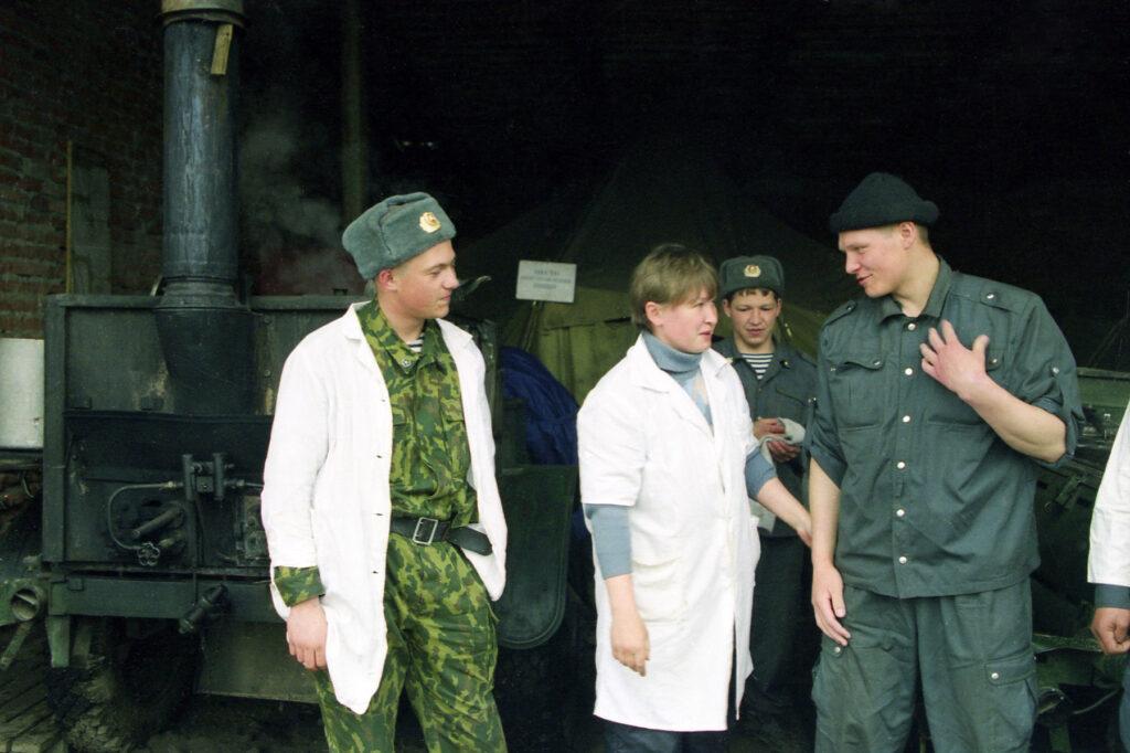 Хозвзвод в Курчалое. Марь 2003 г.